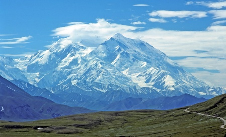 ストーニー峠アラスカ州デナリ国立公園内から非常に晴れた日に撮影した Mt マッキンリー