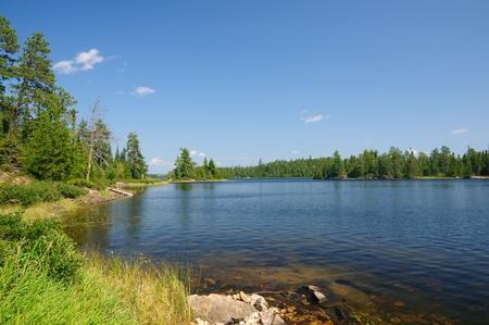 Saganagons Lake, dans le parc provincial Quetico Banque d'images - 12578551