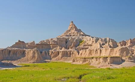 pinnacle: Un pinnacolo solitario in Badlands National Park in Sud Dakota