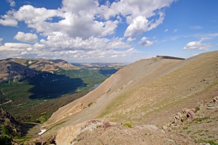 national scenic trail: Views along the scenic point trail in Glacier National Park