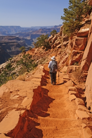 south kaibab trail: Hiker Hading down the South Kaibab trail in the Grand Canyon Stock Photo