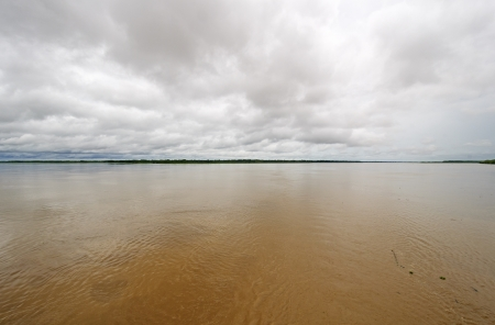 rio amazonas: Confluencia de los r�os Mara��n y Ucayalli para formar el r�o Amazonas