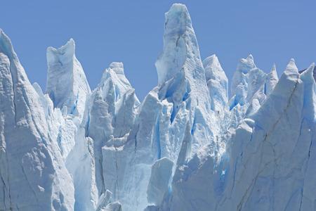 glaciares: Ice Sculptures on a Glacier Wall on the Perito Moreno Glacier in Argentina