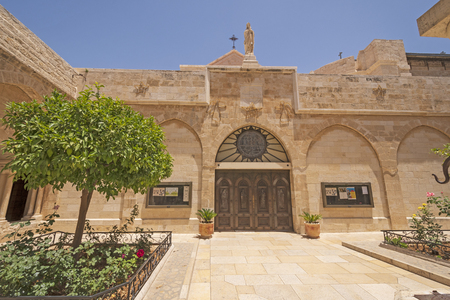 Outside of the Catholic Church of the Nativity in Bethlehem, West Bank, Palestine,  Israel 版權商用圖片