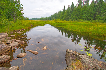 Green Channel out to Fran Lake in Quetico Provincial Park in Ontario Banque d'images