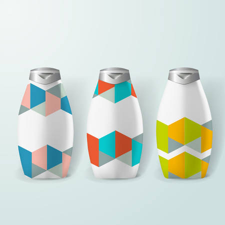 posicionamiento de marca: Mockup template for branding and product designs. Isolated realistic plastic bottles with unique geometric design.