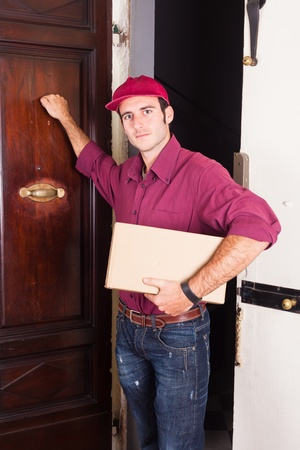 moving images: Delivery Boy Knock at the Door