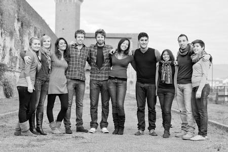 сообщество: Мультикультурного Группа людей Фото со стока