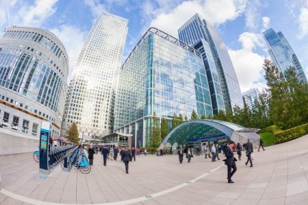 districts: Commuters in Canary Wharf, London Financial District