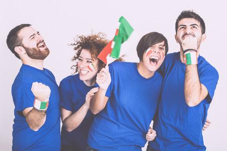 Grupo de aficionados italianos