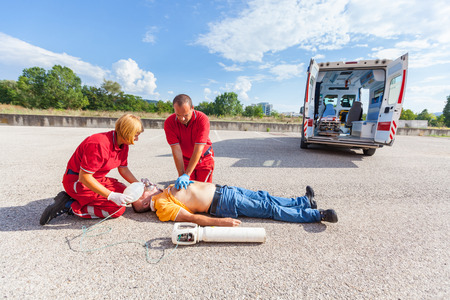 infarct: Rescue Team Providing First Aid