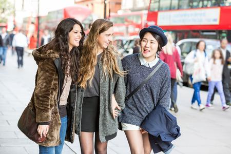 London girls for friendship