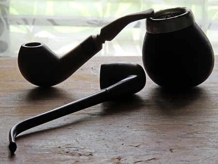 manners: Wooden pipes for smoking leisure time.