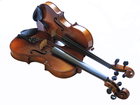 Violin, classical orchestral musical instrument Imagens - 95817869