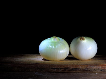 Onion, important condiment in the kitchen Imagens - 96999005
