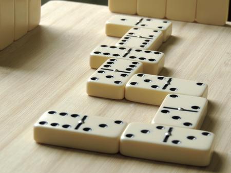 Domino, apuesta de juego para cuatro participantes