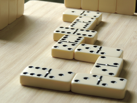 Domino, Game bet to four participants