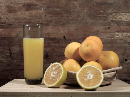 oranges, fresh and healthy tropical fruit Imagens - 127655658