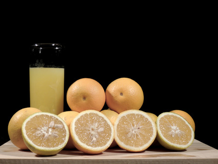 oranges, fresh and healthy tropical fruit Imagens - 127655670