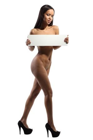 donne nude: bellezza naturale nude possesso di un bordo vuoto in mano su cui � possibile scrivere il testo. Non hanno aggiunto colorchanges, ecc contrasto. li lasci� quasi originale.