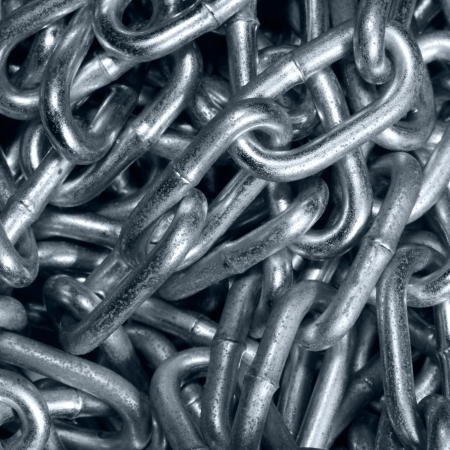 industrie: hard steel or iron chain close up