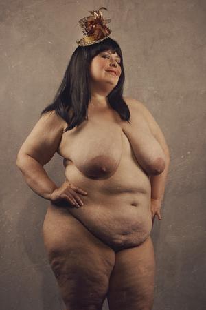 fille nue sexy: Big belle et très sexy femme nue et de l'image avec un rétro style vintage avec de vieilles rayures
