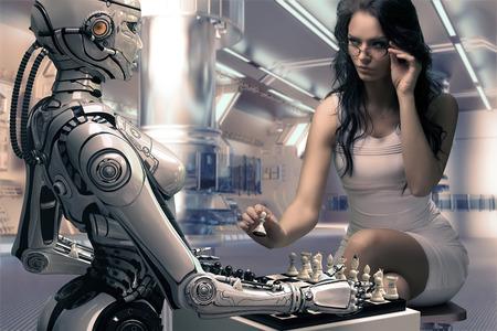 Frau spielt Schach mit Fembot Roboter