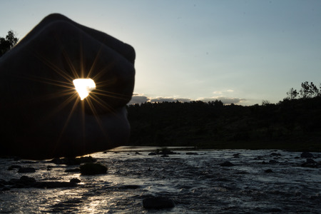 grabbing: grabbing the sun