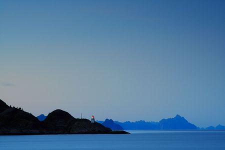 illuminati: Illuminata fari in isole Lofoten