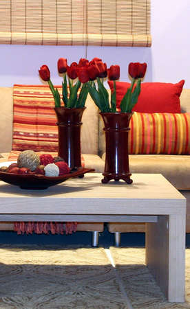 Portrait of decor for a sittingroom, with tulips bouquet