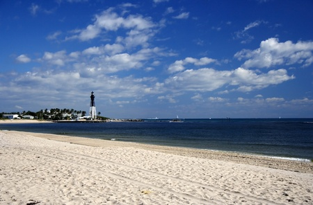 The Scenic Hillsboro Inlet Light in South Florida 免版税图像