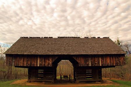 great smokies: Old Farm Building, Great Smokey Mountains National Park