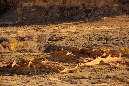 anasazi ruins: Anasazi Ruins in Chaco Canyon, New Mexico Stock Photo