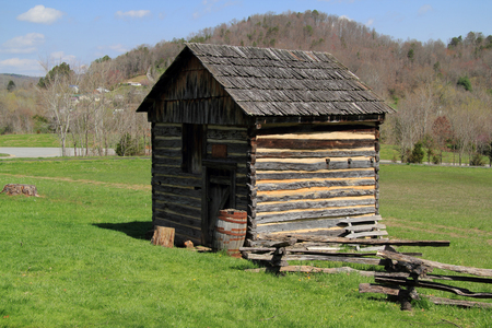 A reconstructed cabin located at the visitor center at Cumberland Gap National Historical Park represents early pioneer life in the Appalachian Mountains