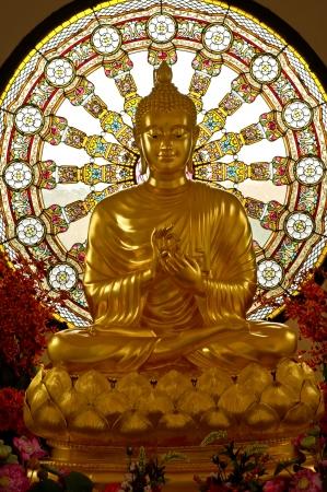 moine: Statue de Bouddha en Thaïlande