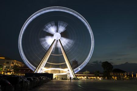 Ferris wheel  in motion at night