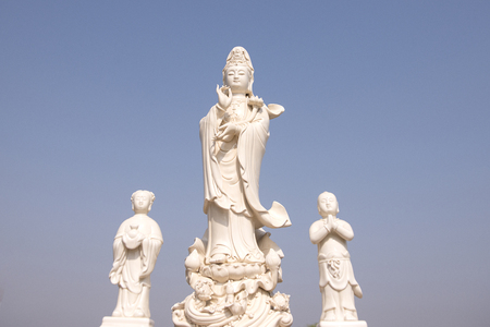 statue of Quan Yin goddess of mercy, kindness and compassion Foto de archivo