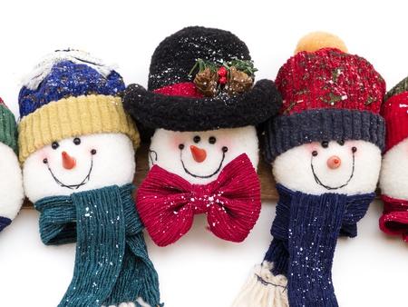 happy holidays: Sneeuwpop decoratie op witte achtergrond