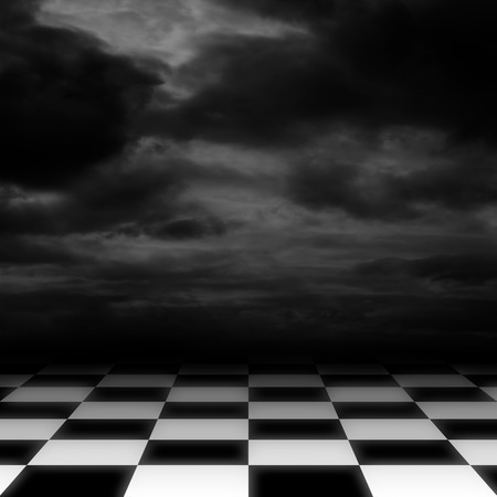 cuadros blanco y negro: Piso a cuadros sobre fondo oscuro cielo nublado