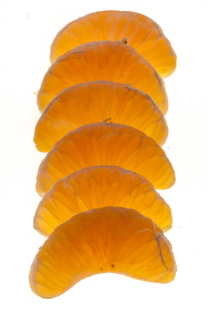 figures of clementine parts isolated on white background Banque d'images