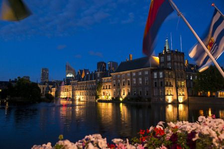 parliament building: Dutch Parliament Building and Hofvijver in the Hague, Den Haag, the Netherlands, at night