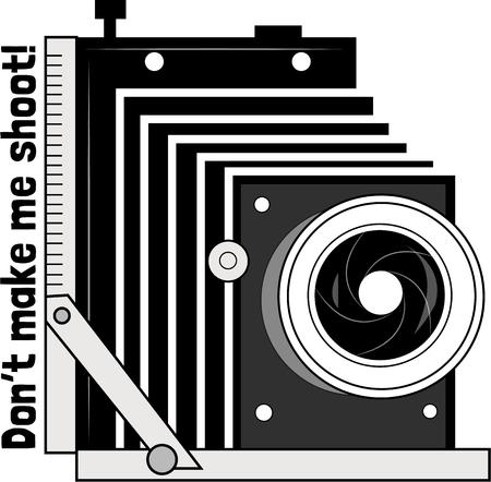 eye catching: This vintage camera is a sure shot way to make an eye catching graphic for a photographer.  Perfect in promotional design. Illustration