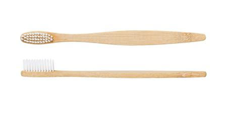 Bambuszahnbürste isoliert auf weißem Hintergrund Standard-Bild
