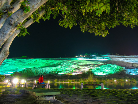 pamukkale: Travertines of Pamukkale, Turkey, night lighting.