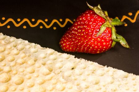 fresh strawberry and diabetic diet crunches - crispy waffle bread from wheat, texture close-up Reklamní fotografie