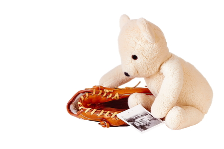 gant de baseball: Teddy bear avec un gant de baseball et vieille photo