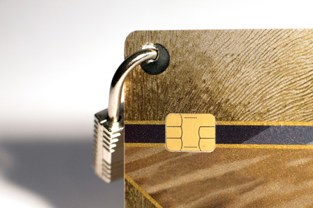 bank robber: Credit card with hanging padlock