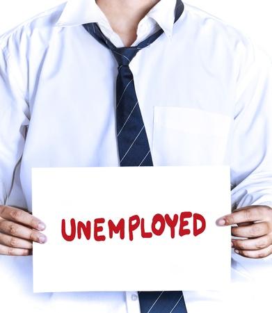 """gestookte werknemer met """"werklozen"""" teken om een baan te zoeken"""