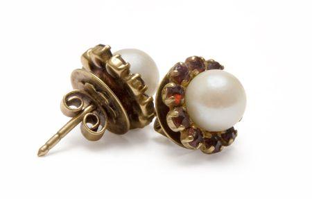 garnet: Garnet Earrings w Pearls