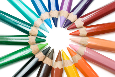sharpened: Colored pencils forming a circle. Isolated on a white background.